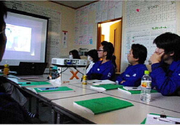 寺子屋勉強会中の写真1